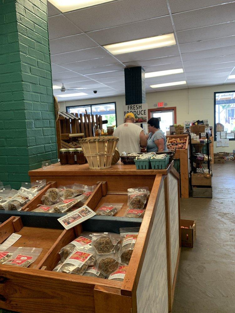 Chesapeake's Bounty: 9124 Bay Ave, North Beach, MD