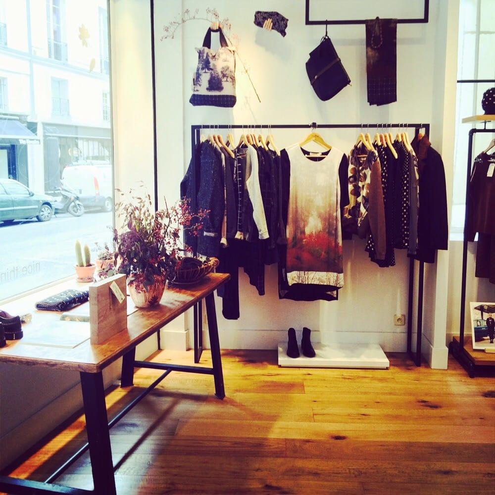 nice things women 39 s clothing 119 rue vieille du temple marais nord paris france phone. Black Bedroom Furniture Sets. Home Design Ideas