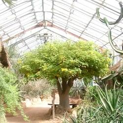 Lyon lieux et places une liste yelp par sebastien n - Jardin botanique de lyon ...