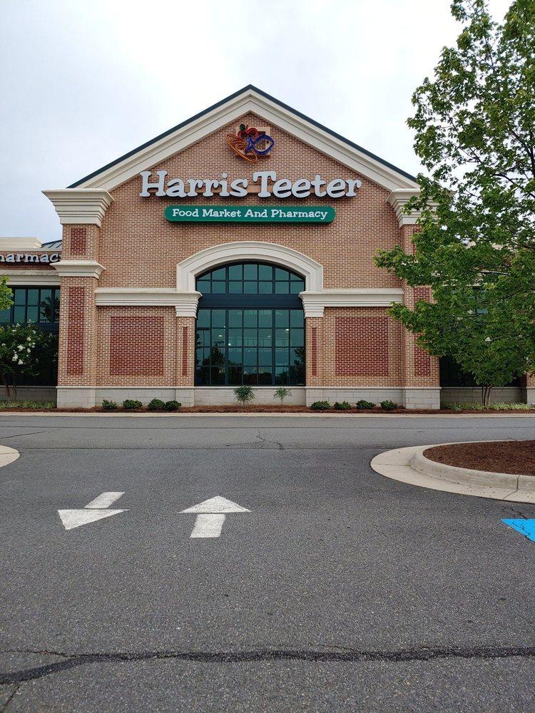 Harris Teeter: 43315 Crandall Sq, Ashburn, VA