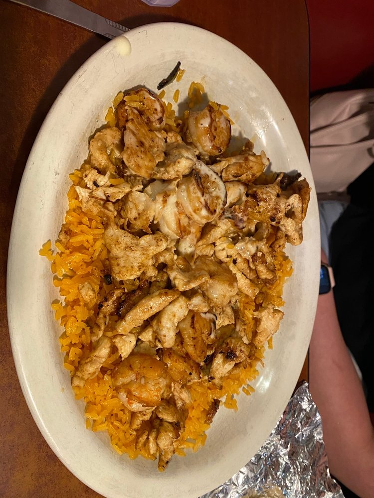 Mi Ranchito Mexican Restaurant: 200 High Ave W, Oskaloosa, IA