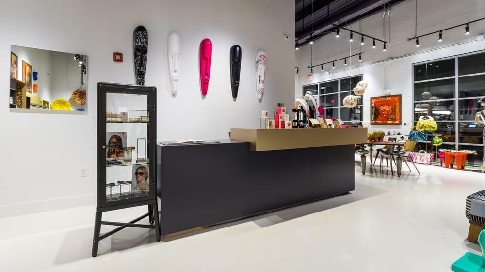 INIVA - Concept Boutique Fashion, Art & Design