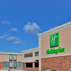 holiday inn rochester airport closed 38 photos 42. Black Bedroom Furniture Sets. Home Design Ideas