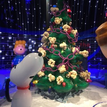 photo of ice at gaylord palms resort kissimmee fl united states - Christmas At Gaylord Palms