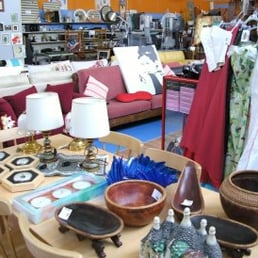 Mercatopoli Orzinuovi - Thrift Stores - Via Gabriele D Annunzio 4 ... f909030a59e