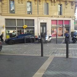 La Poste Bureau de poste 13 rue Saint Canat Belsunce