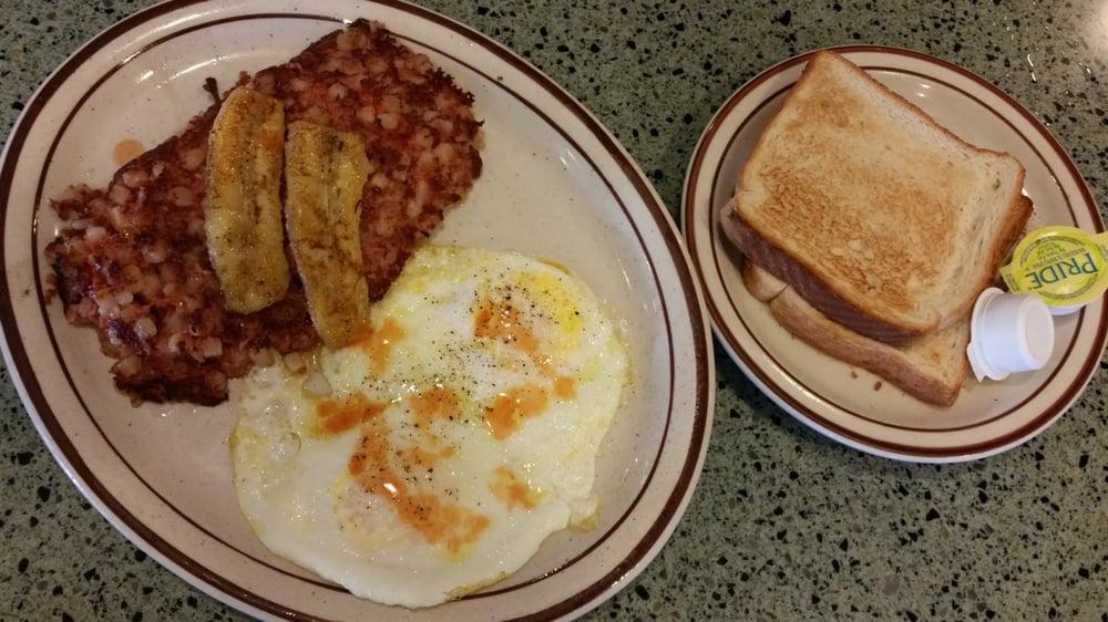 Hawaiian Breakfast. Hash brown, eggs, toast and grilled ...