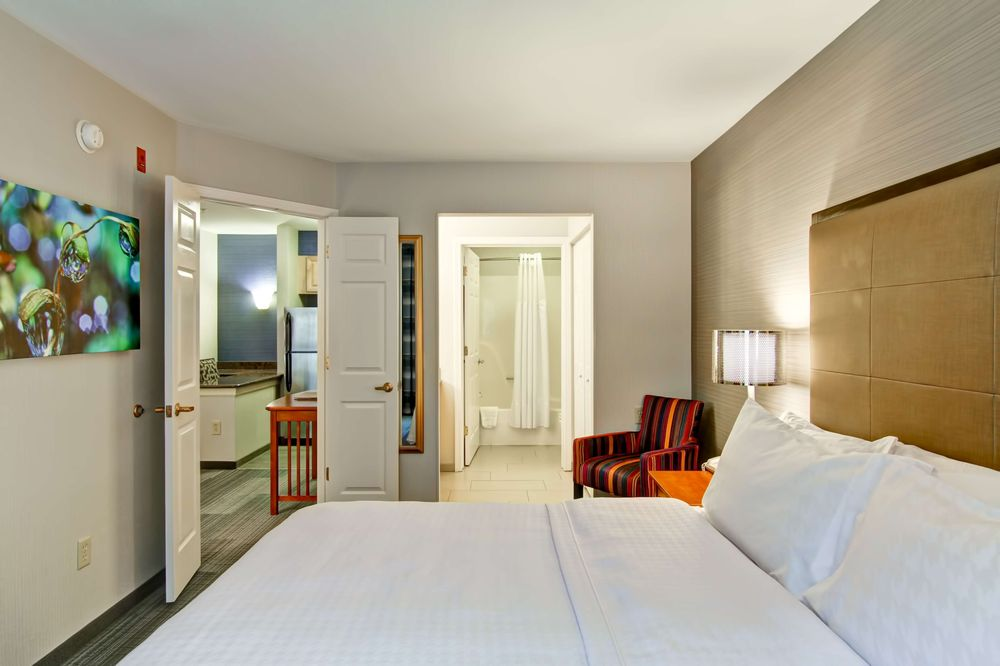 Homewood Suites by Hilton Stratford - Stratford