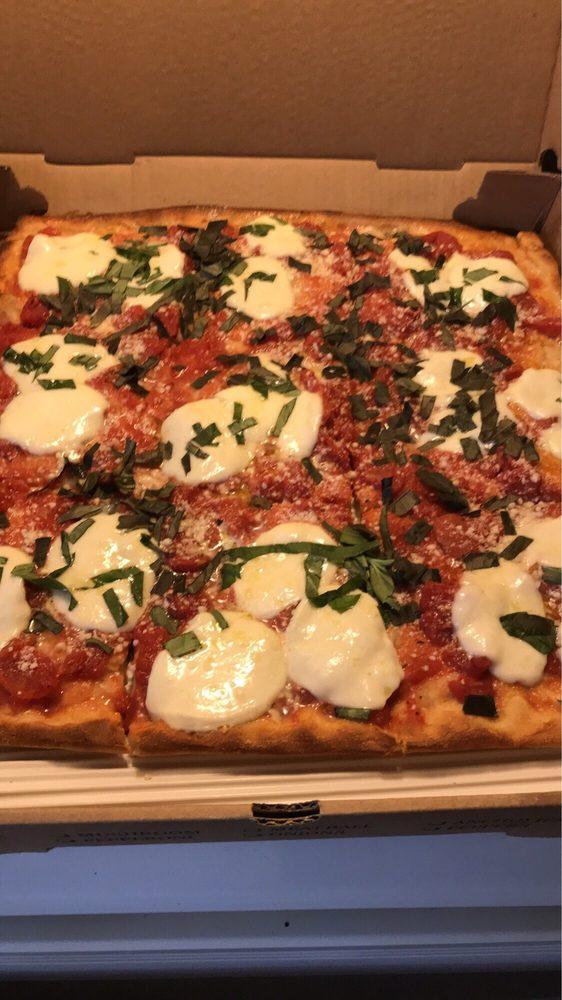 Classico Pizzeria: 444 Wmc Dr, Westminster, MD