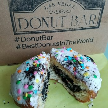 donut bar 1254 photos amp 325 reviews donuts 124 s 6th