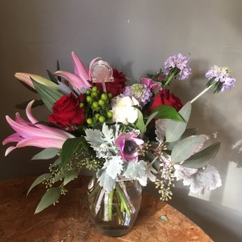 Photo of Burnett'S Flowers And Gifts - Tulsa, OK, United States