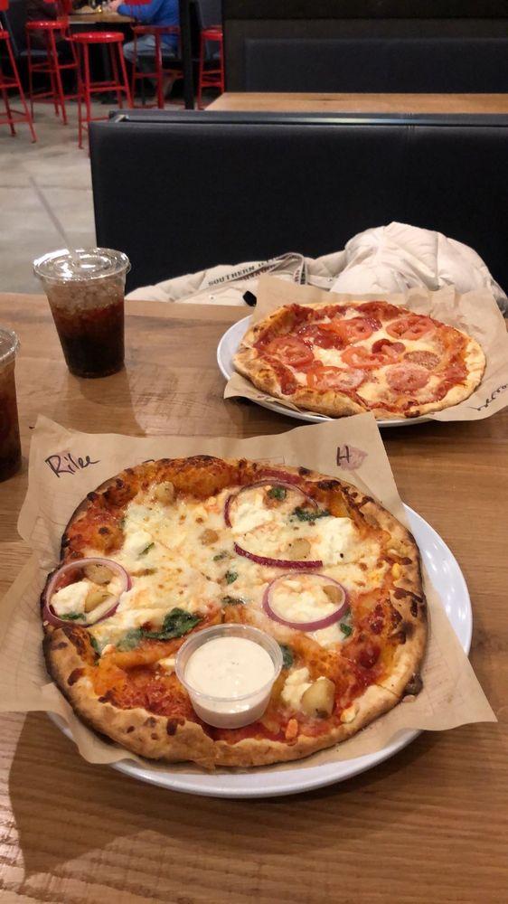 MOD Pizza: 1370 E Main St, Carbondale, IL