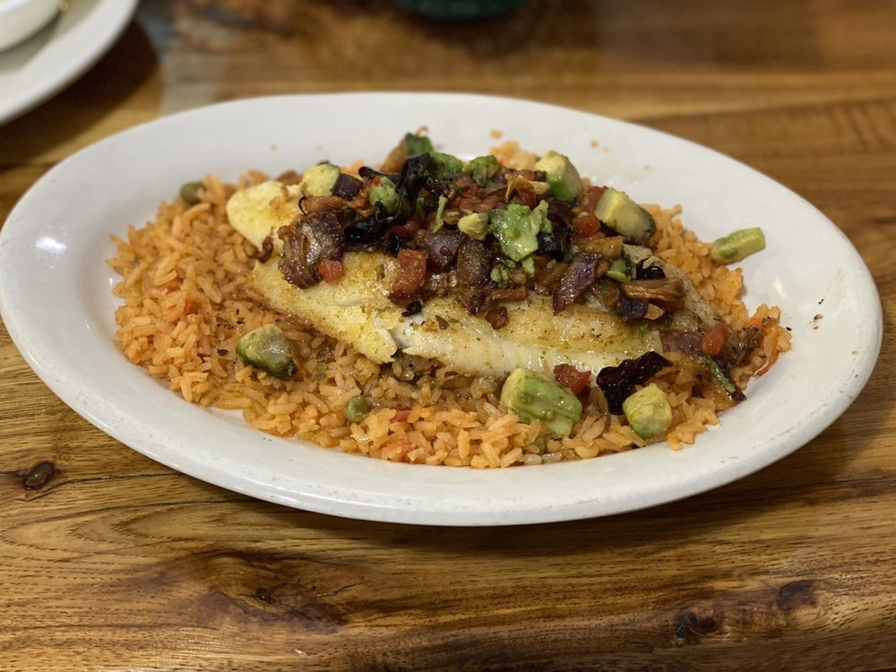 Tu Casa Mexican Bar & Grill: 27 W Dakota St, Butler, MO