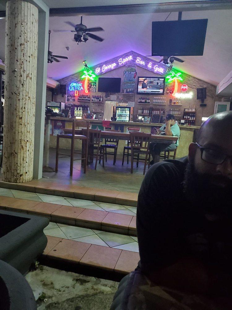 El Corozo Sports Bar & Restaurant: PR-690, Dorado, PR