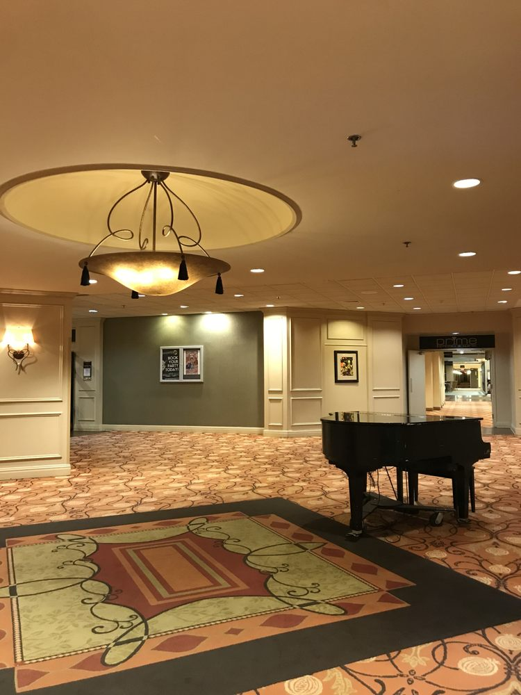 Crowne Plaza Reading: 1741 Papermill Rd, Reading, PA