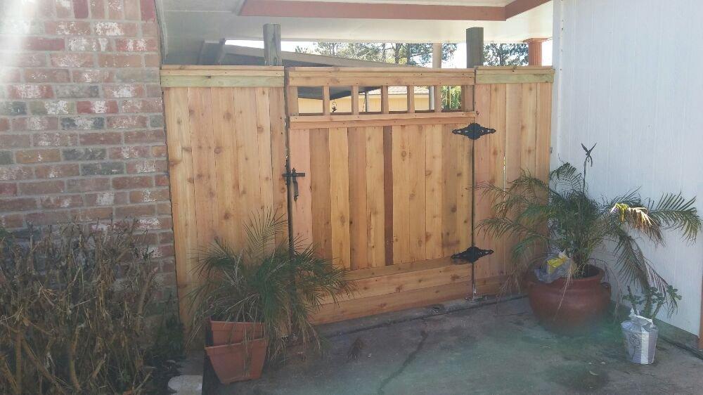 West Bay Fence & Gate: 197 Barracuda St, Hitchcock, TX