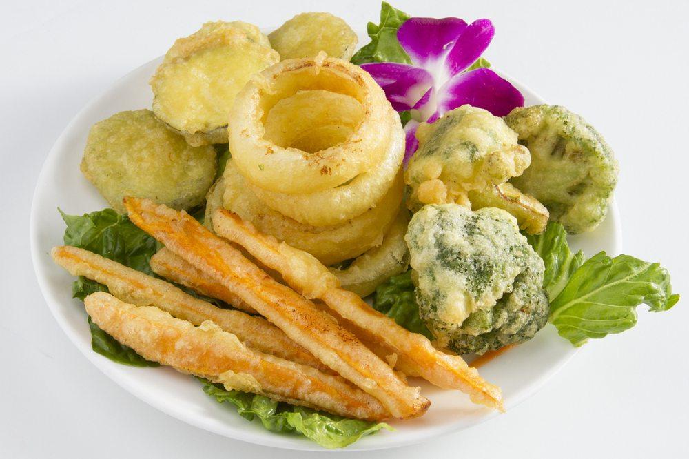 Thai Garlic: 140 E Miracle Strip Pkwy, Mary Esther, FL