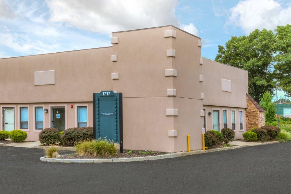 Spine & Sports Rehabilitation Pain Management: 1717 Veterans Memorial Hwy, Islandia, NY