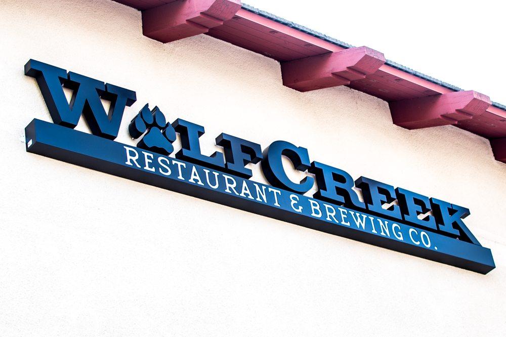 Wolf Creek Restaurant: 27746 Mcbean Pkwy, Valencia, CA