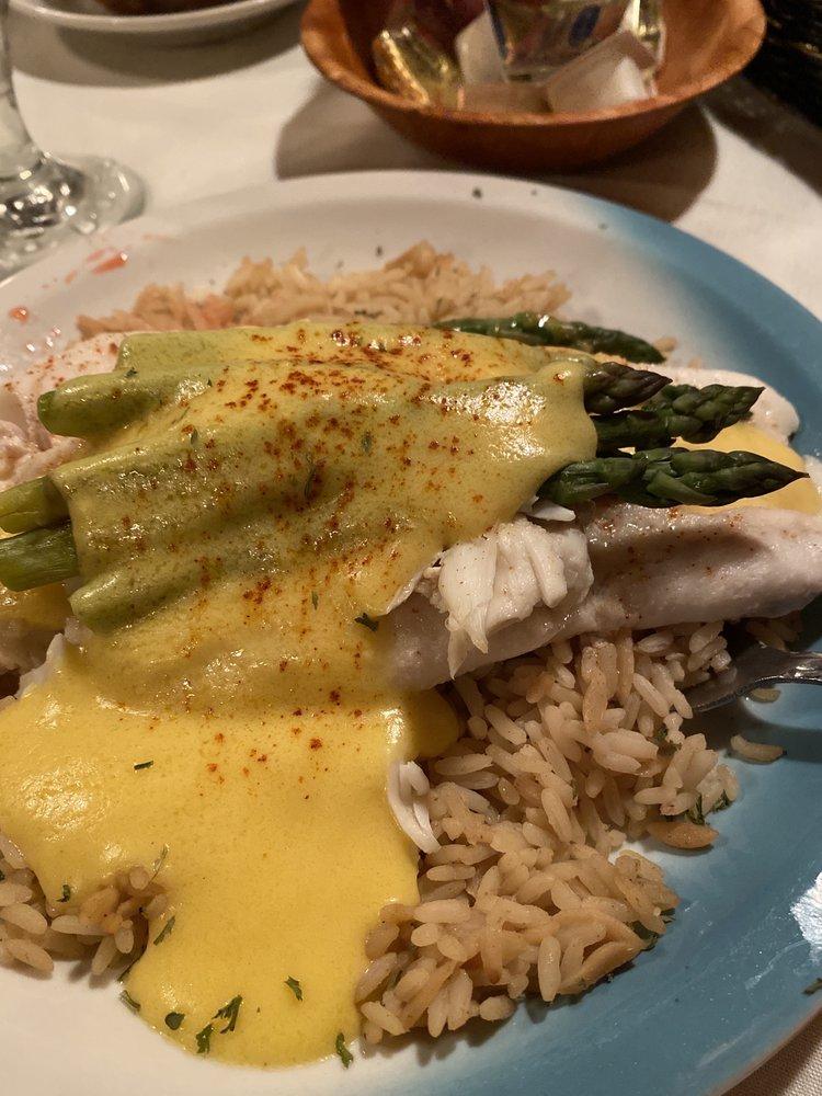 Thunderbird Restaurant & Lounge: RR 2, Reynoldsville, PA
