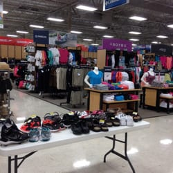academy sports outdoors 46 reviews shoe stores