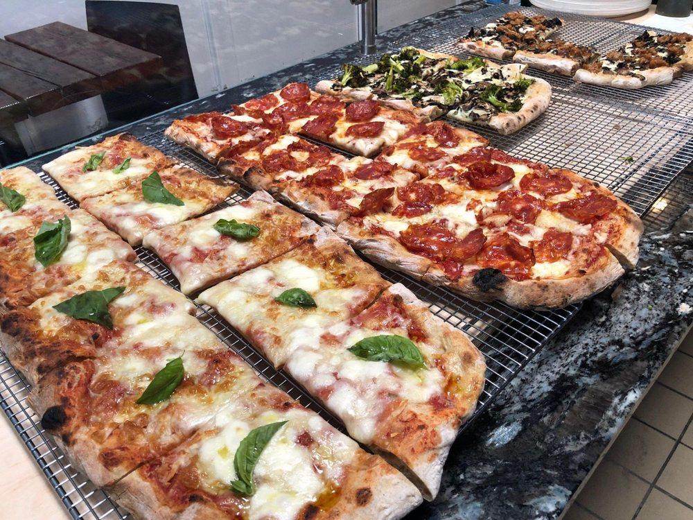 PROVAMI Pizzeria