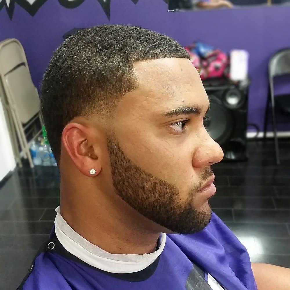 Sik Kutz Barbershop: 123 W Gulf St, Baytown, TX