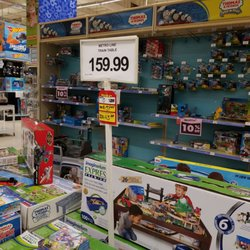 Toys R Us Closed 144 Photos 100 Reviews Toy Stores 11340