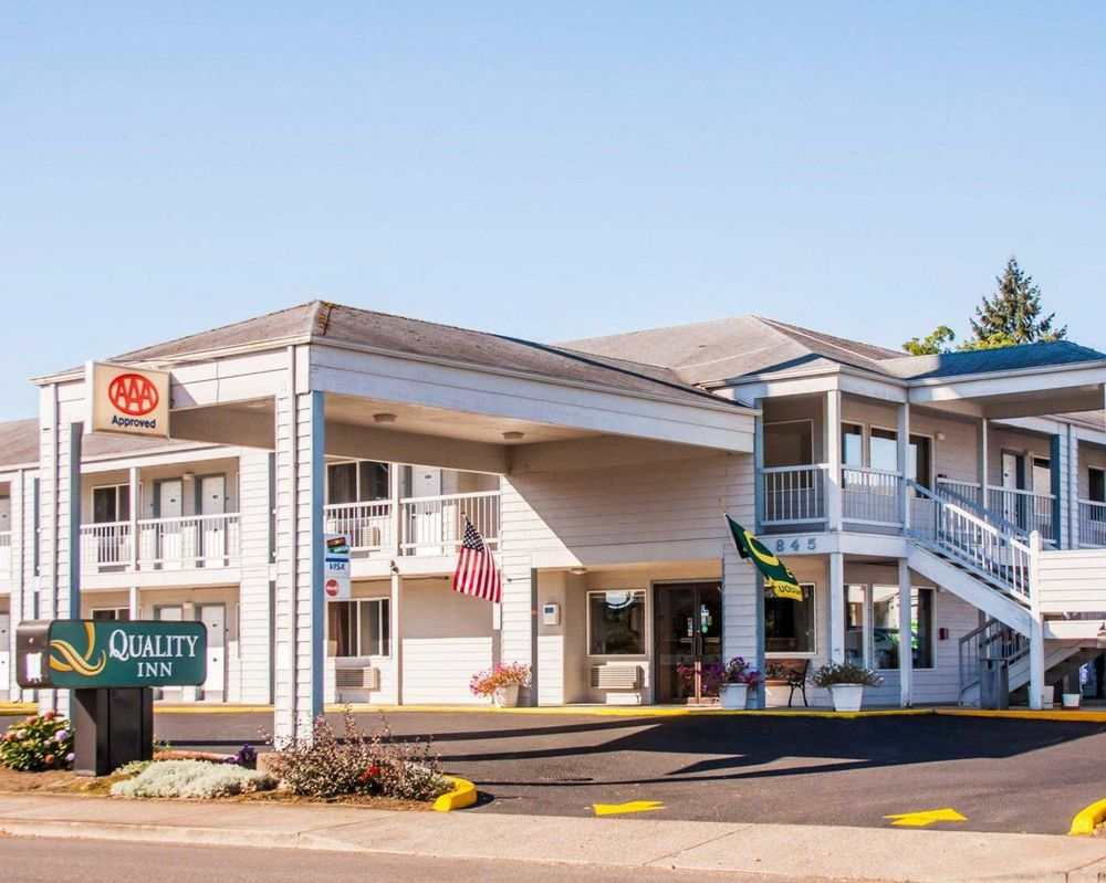 Quality Inn Cottage Grove - Eugene South: 845 Gateway Blvd, Cottage Grove, OR