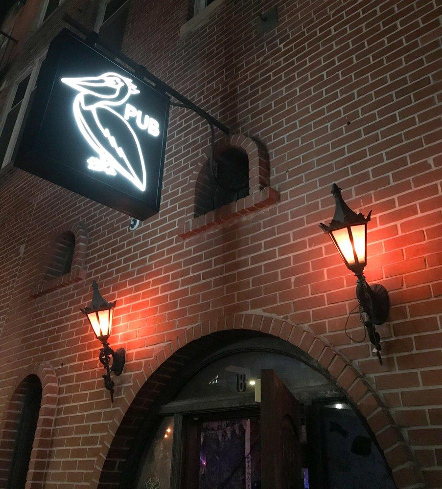 Pelican Pub: 18 2nd St N, Saint Petersburg, FL