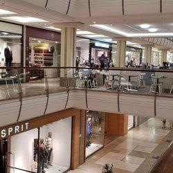 b5f886e079569a Breuningerland - 60 Fotos   33 Beiträge - Einkaufszentrum - Tilsiter ...