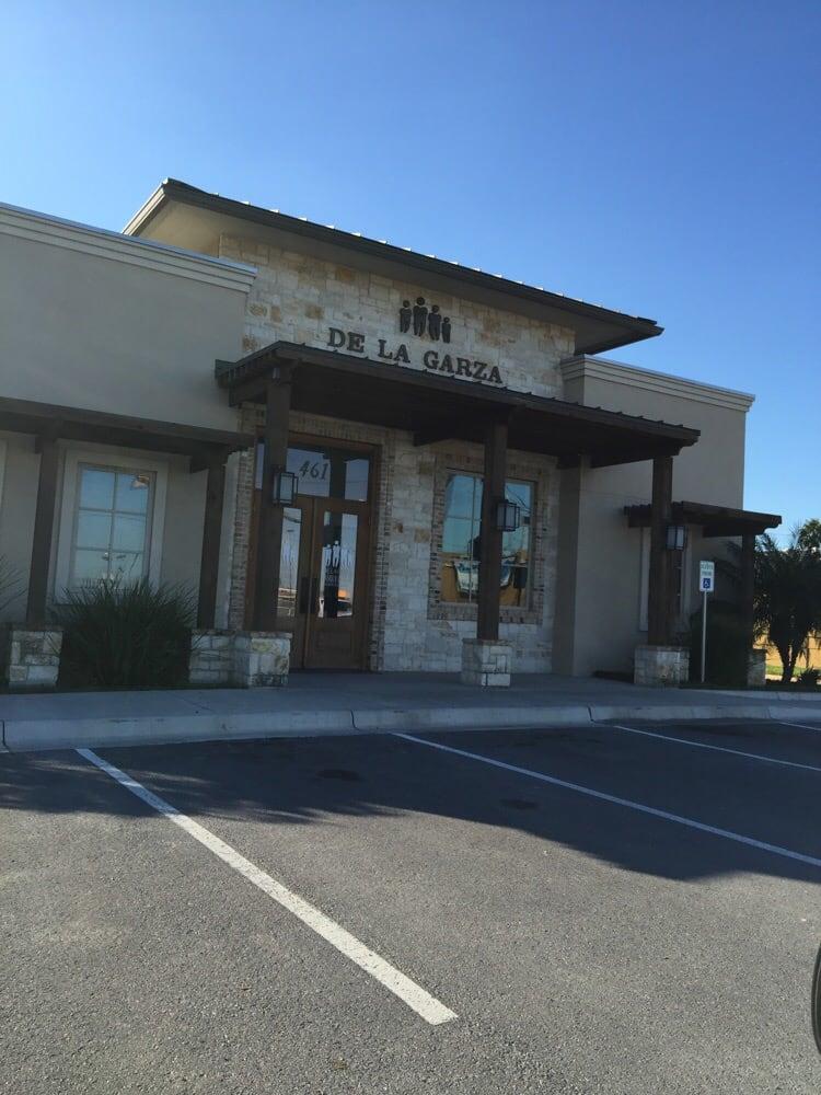 De La Garza Family Dental: 461 N Westgate Dr, Weslaco, TX