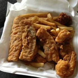 Eastside fish fry 73 photos 26 reviews fish chips for Fresh fish lansing mi