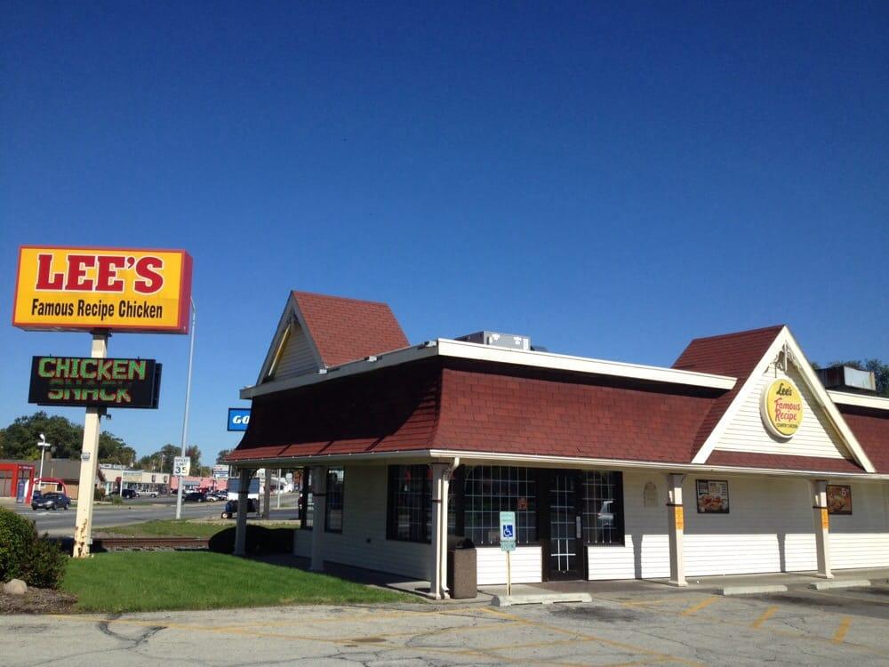 Lee's Famous Recipe Chicken: 501 N Gilbert St, Danville, IL