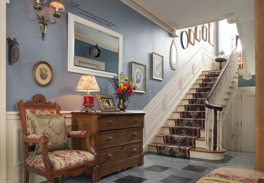 A G Thomson House: 2617 E 3rd St, Duluth, MN