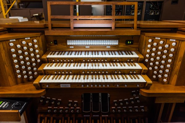 Allen Organs of the Twin Cities 4920 Highway 169 N