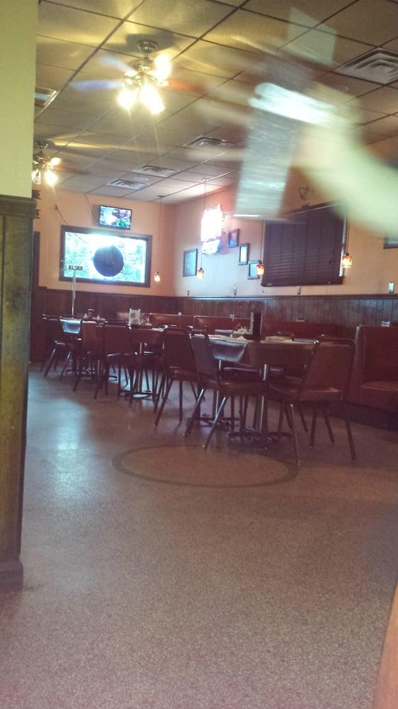 Geno's 140 Club: 120 W Bethalto Blvd, Bethalto, IL