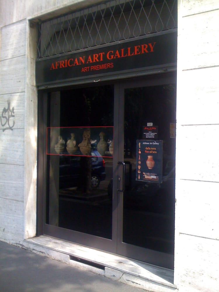 African art gallery antiquari e restauratori viale for Antiquari a milano