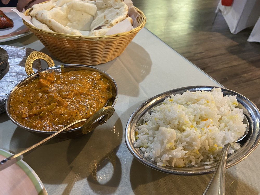 Pari Indian Cuisine: 12775 Chillicothe Rd, Chesterland, OH