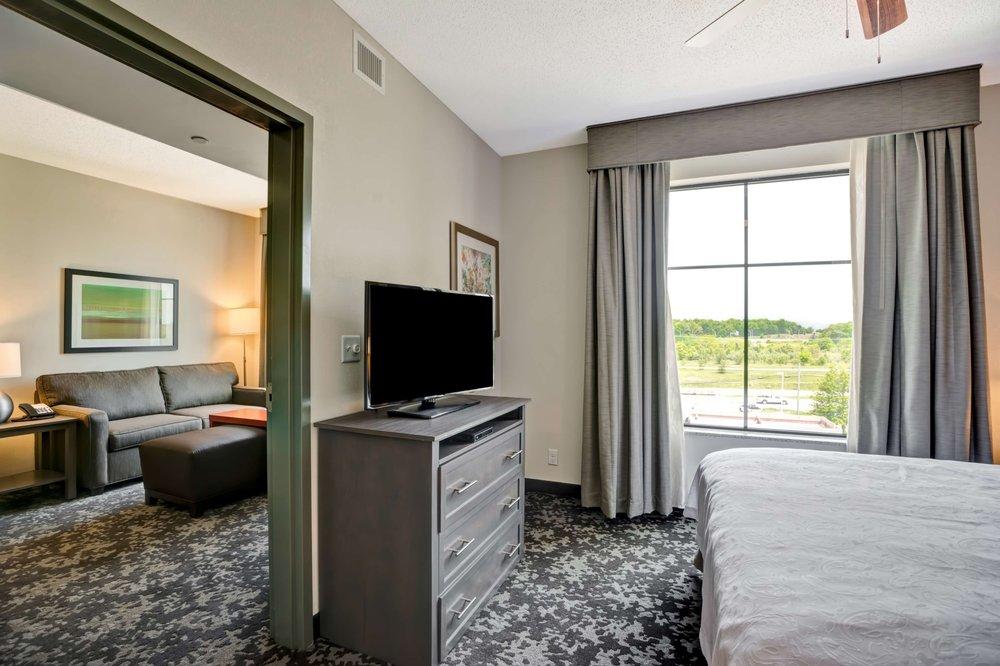 Homewood Suites by Hilton Christiansburg: 2657 Roanoke St, Christiansburg, VA