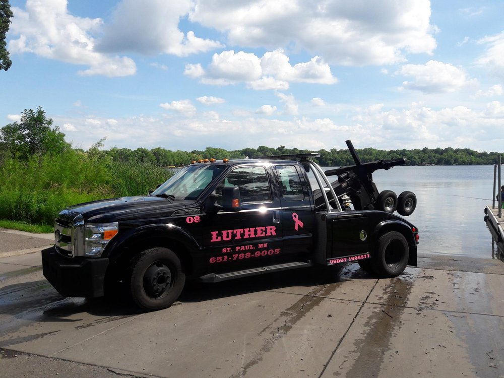 Luther Towing: 7093 21st Ave N, Hugo, MN
