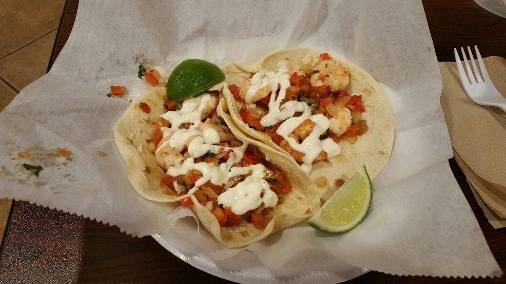 Food from Oscar's Taco Shop