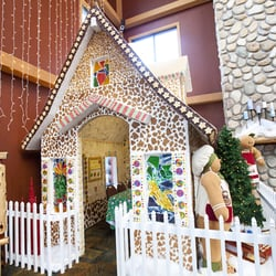 photo of snowland gingerbread house at great wolf lodge concord nc united states - Great Wolf Lodge Christmas
