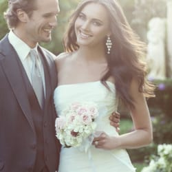 Hart s formalwear outlet bridal 700 park ave idaho for Wedding dresses idaho falls