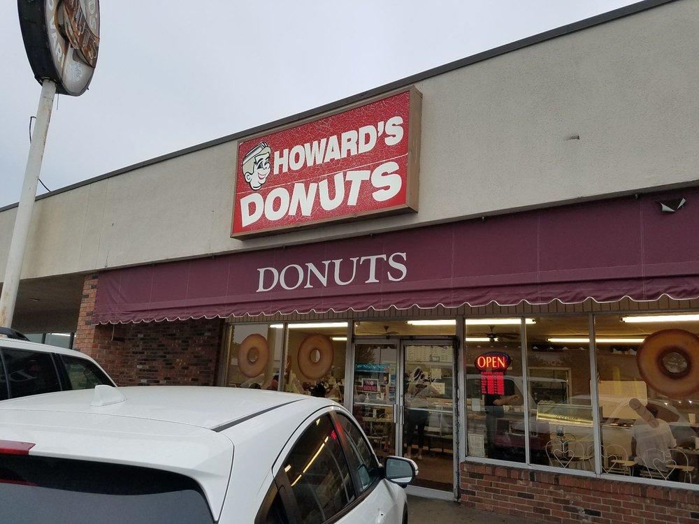 Howard's DO Nuts: 1711 N Missouri St, West Memphis, AR