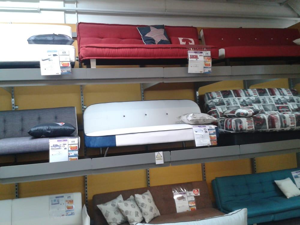 Conforama tienda de muebles parque comercial alb n for Muebles conforama valencia