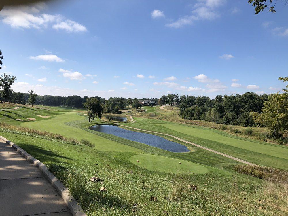 Spirit Hollow Golf Club: 5592 Clubhouse Dr, Burlington, IA