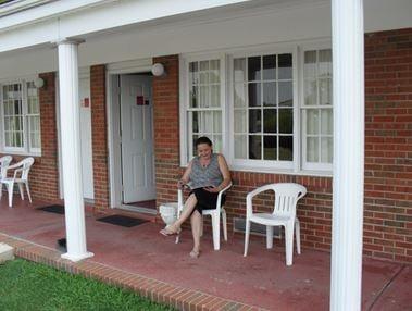 The Shenvalee Sports Lounge: 9660 Fairway Dr, New Market, VA