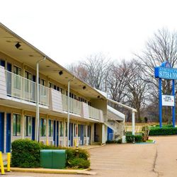 Photo Of Admiralty Suites And Inn Millington Tn United States