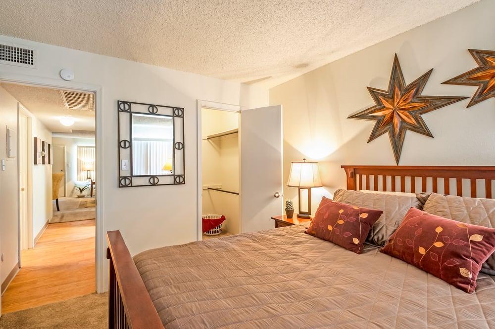 Retreat At Candelaria By Apartment Management Consultants Closed 20 Photos 10 Reviews Apartments 3100 Jane Pl Ne Eastside Albuquerque